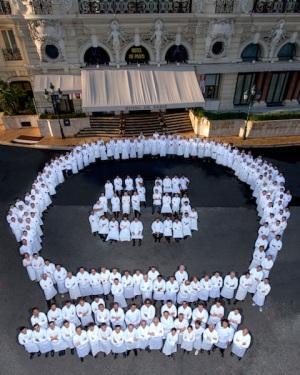 240 chefs et 300 étoiles Célébration internationaledes 25 ans du Louis XV – Alain Ducasse16, 17 et 18 novembre 2012Monte-Carlo SBM