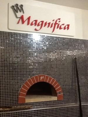 magnifica-forno-700x933